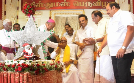 M.K.Stalin with Christian catholic bishops etc-2