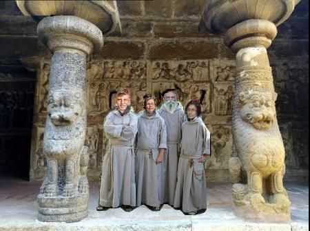 Marvin olasky - Susan olasky, deivanayagam, devakala visiting temples
